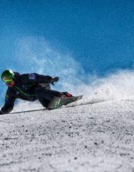 Race snowboards